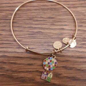 Up bracelet disney